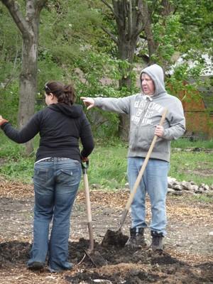 Building the Keyhole Garden